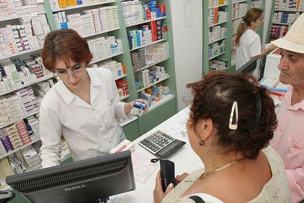 Ce efecte STRANII are cea mai populară pastilă. Milioane de români o folosesc atunci când sunt răciţi