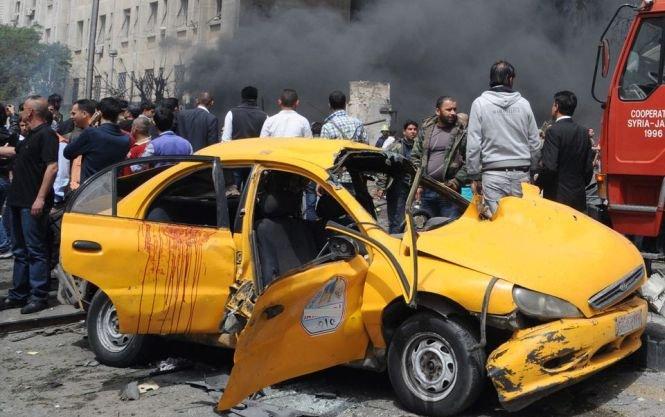 Atentat cu maşină-capcană împotriva premierului sirian. Gardă de corp a demnitarului fost ucisă