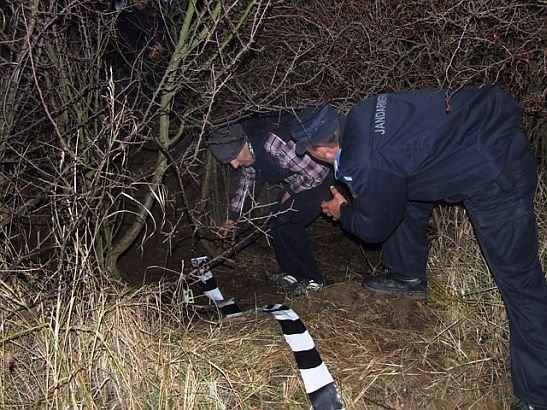 Credeau că au dat lovitura vieţii lor. Patru bărbaţi au încercat să fure azi noapte 25 de TONE de ţiţei