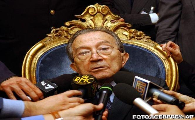 Fostul premier italian Giulio Andreotti a murit luni, la 94 de ani