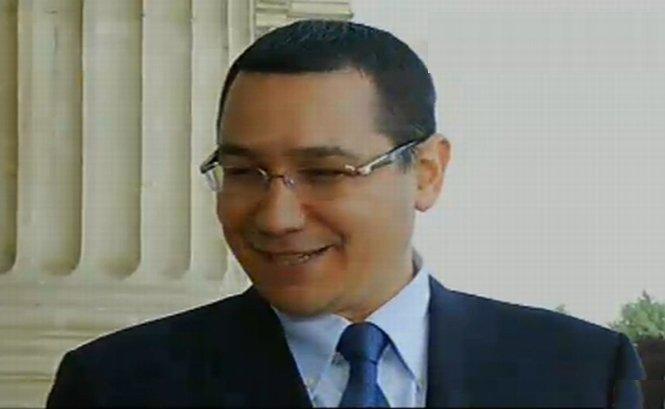 Premierul Ponta, de Ziua Europei: Felicit Antena 3 pentru ideea de a face un drapel uriaş pe măsura Palatului Parlamentului