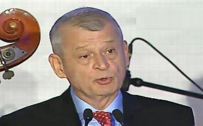 Sorin Oprescu: Ziua Europei, care coincide cu Independenţa României, este un semn probabil ceresc