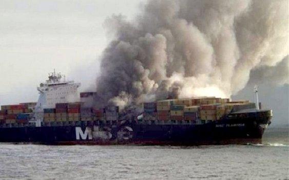 Bomba TOXICĂ din portul Constanţa se pregăteşte SĂ SCAPE de deşeurile periculoase. Autorităţile au instituit o celulă de criză