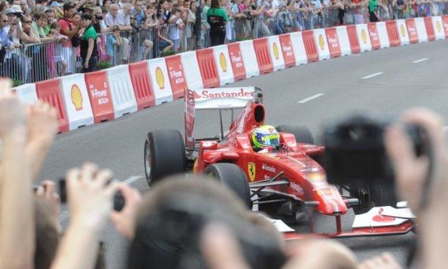 Formula 1 caută o capitalizare de 12 miliarde de dolari după listarea la Singapore