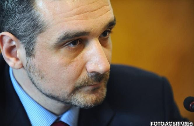 """Lăzăroiu vorbeşte despre dispariţia PDL: """"S-ar putea nici să nu mai existe partidul până în 2016"""""""