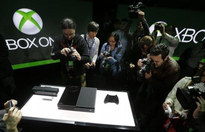 Cum arată şi ce caracteristici are Xbox One, noua consolă de divertisment de la Microsoft