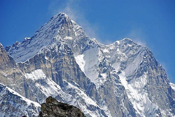 """Doi alpinişti unguri, unul de origine română, dispăruţi în Munţii Himalaya. """"Nu s-au mai întors în tabără"""""""