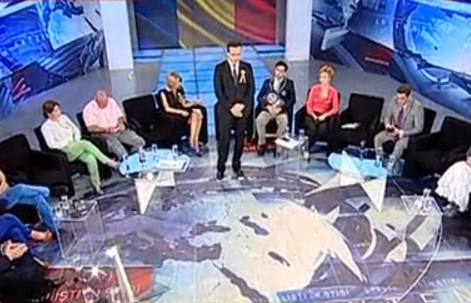 Familia Antena 3 şi cel mai mare drapel din lume. Eroii României, la Sinteza Zilei