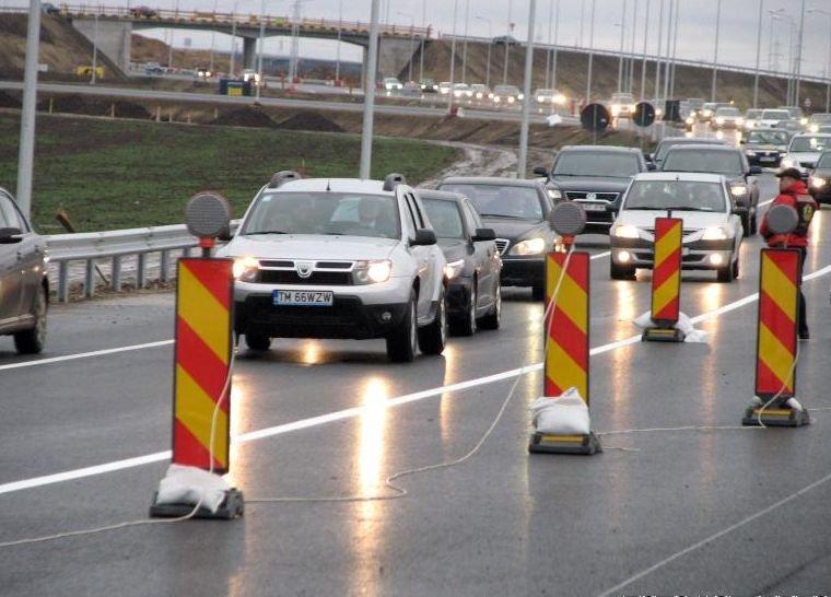 Inaugurată în 2011, autostrada Arad-Timişoara TREBUIE REASFALTATĂ PE TOATĂ LUNGIMEA