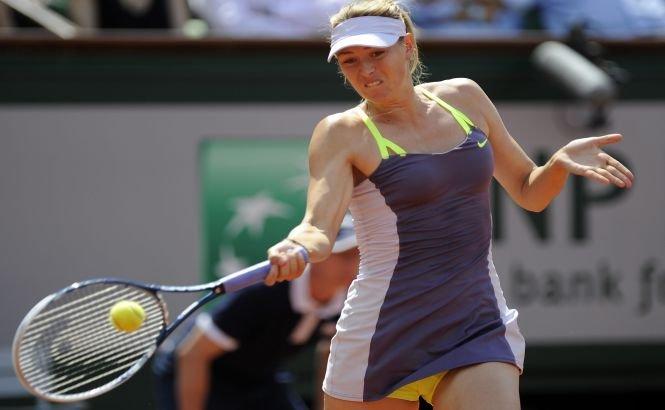 Serena Williams şi Maria Sharapova se vor întâlni în finala feminină de la Roland Garros