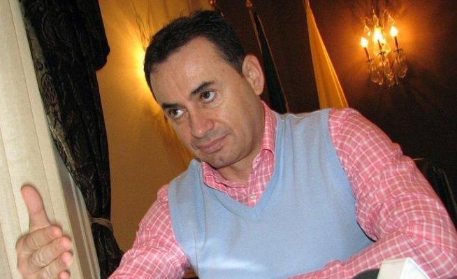 Gheorghe Falcă: Alin Popoviciu este un bou şi face partidul de râs! Popoviciu: Falcă este un nimeni!