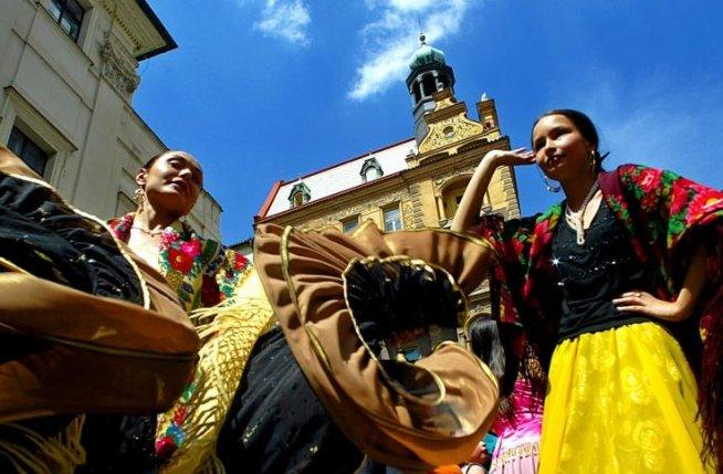 Protest cu ouă într-o conferinţă legată de problema romilor, la Zurich