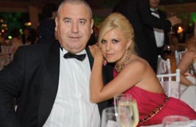 Elena Udrea a divorţat de şoţul ei, Dorin Cocoş
