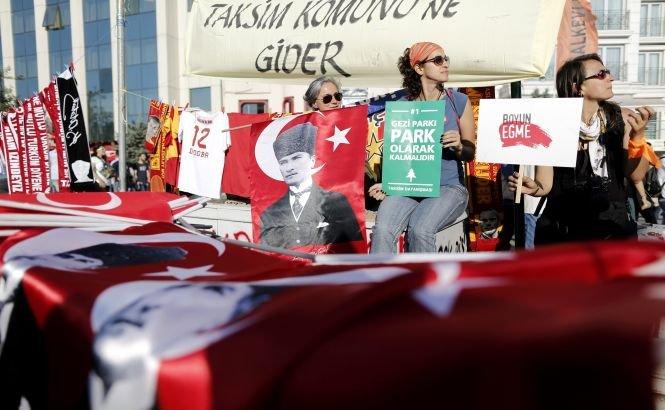 Liderii islamişti din ţările arabe, îngrijoraţi de protestele din Turcia