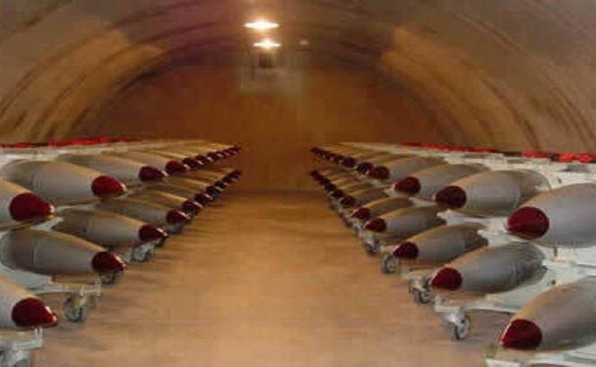 """""""Prostiile alea sunt încă acolo!"""". Bombe nucleare americane sunt stocate în Olanda"""