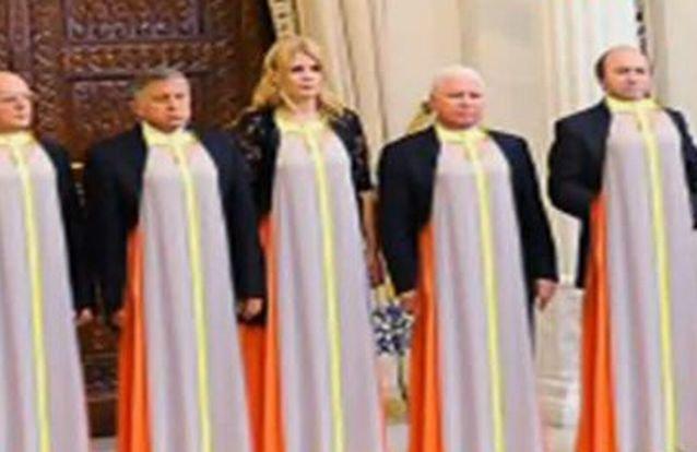 """""""Urzeala tronurilor"""", noua colecţie de vară lansată de Iulia Motoc"""