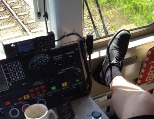 """Ce făceau conductorii de tren, în timp ce garnitura mergea cu 100 km/h? """"NU îi putem CONCEDIA"""""""