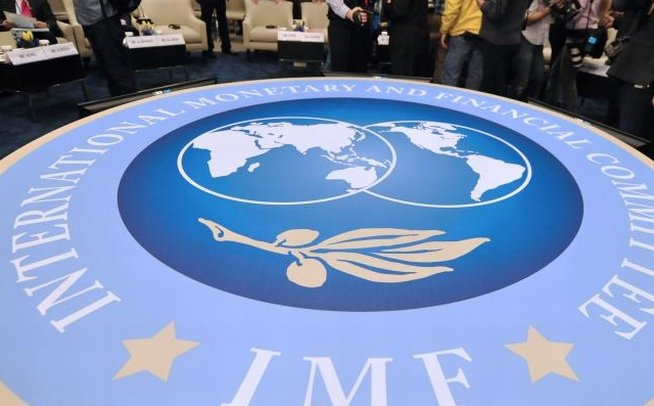 FMI reduce estimările de creştere a economiei americane în 2014