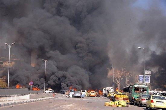 Atac fără precedent în Siria, cu o bombă de şase tone: cel puţin 60 de soldaţi au fost ucişi