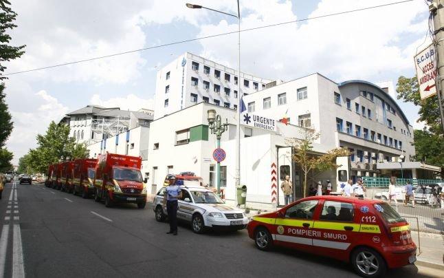 Care este situaţia răniţilor din accidentul din Muntenegru. Trei persoane, în stare CRITICĂ