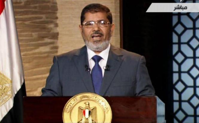 Opoziţia egipteană îl critică dur pe Mohammed Morsi