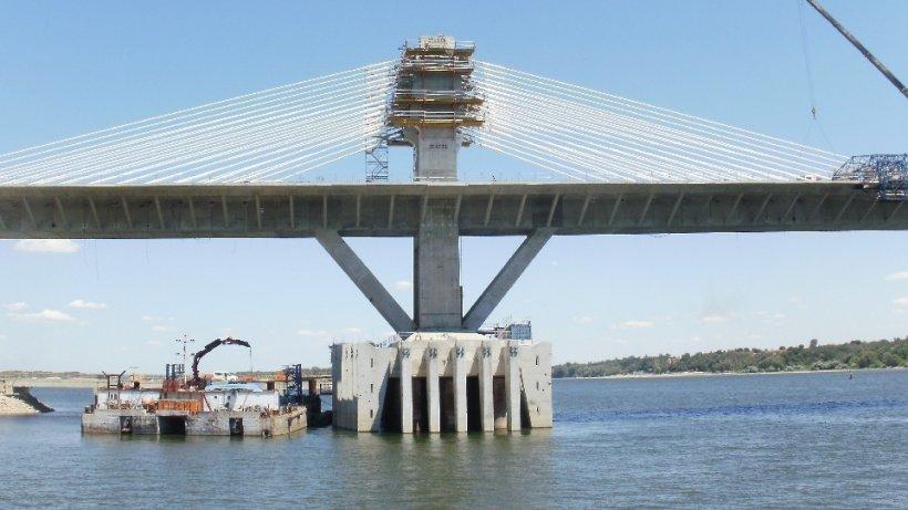 Ce se întâmplă cu şoferii care trec podul Calafat-Vidin, în ţara noastră. România pierde ZILNIC sume uriaşe de bani
