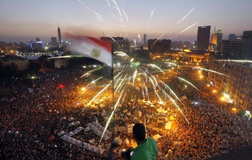 """CEA MAI MARE MANIFESTAŢIE DIN ISTORIA EGIPTULUI: Milioane de oameni cer """"prăbuşirea regimului Morsi"""""""