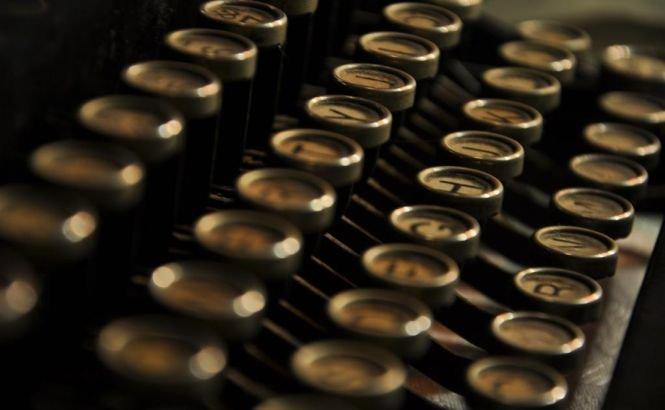 Ruşii revin la tehnologia din trecut. Maşinile de scris vor fi folosite pentru redactarea informaţiilor clasificate