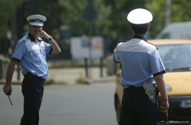 Poliţiştii de la Rutieră au o nouă metodă pentru a-i prinde pe şoferii care nu respectă regulile de circulaţie