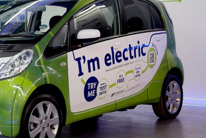 """O companie chineză vrea să lanseze tehnologia """"Snowden"""" pentru maşinile electrice"""