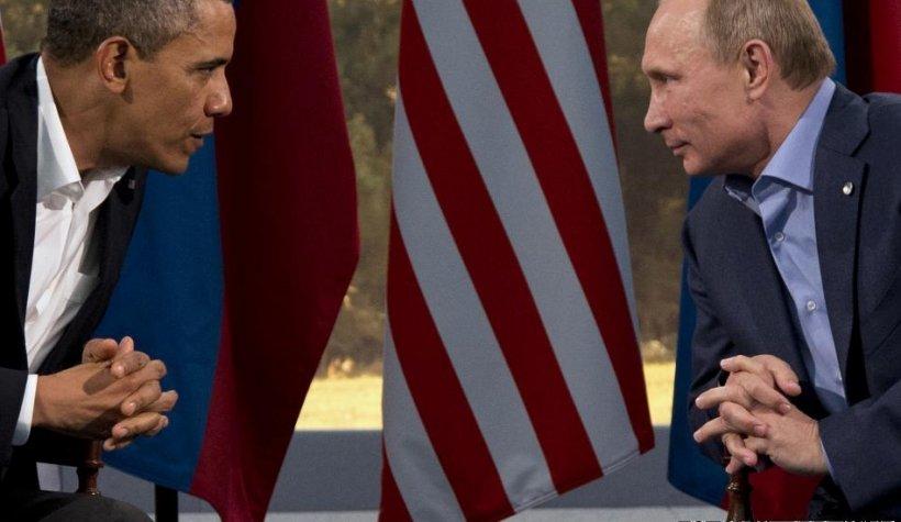 Vladimir Putin: SUA au interesul de a-l prezenta pe Edward Snowden ca pe un trădător