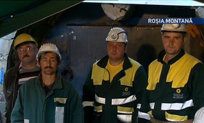 Creşte numărul minerilor protestatari de la Roşia Montană. Alţi 11 ortaci s-au blocat în subteran
