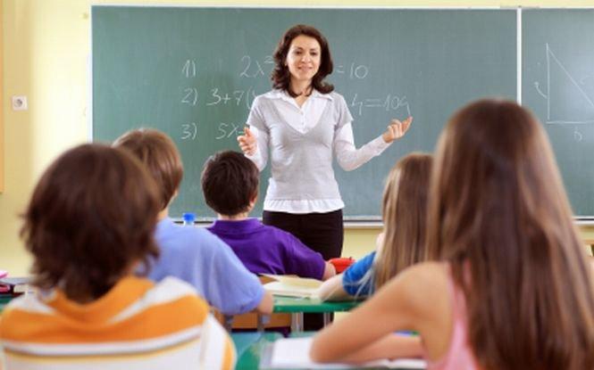 Sute de posturi de profesori neocupate, cu trei zile înainte de începerea şcolii