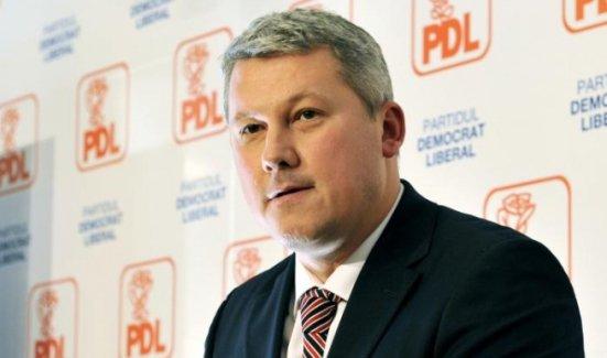 PDL: Ţara o duce greu pentru că a fost minţită, este minţită şi sărăcită în fiecare zi