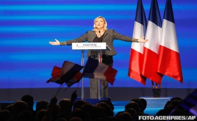 Marine Le Pen cere Franţei să se opună eliminării restricţiilor de liberă circulaţie pentru români şi bulgari în UE