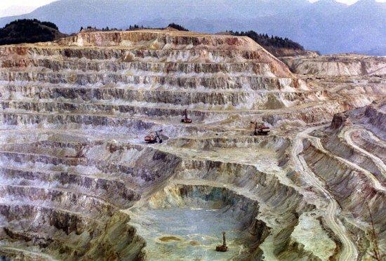 Minerii din Roşia Montană vor fi vizitaţi săptămâna viitoare de parlamentarii din Comisia specială