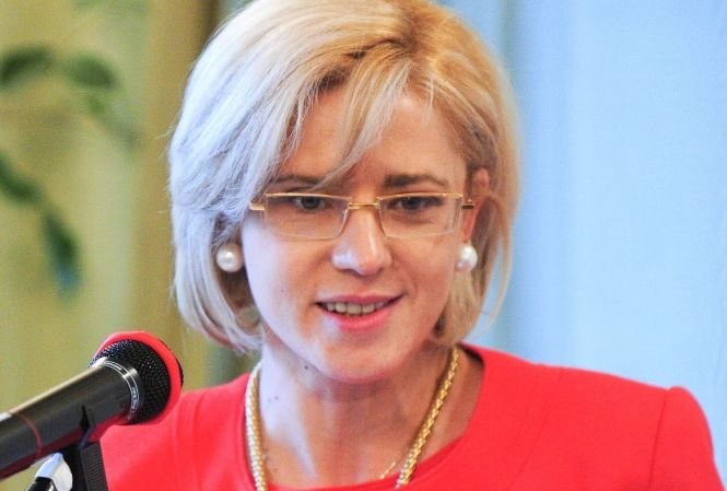 Corina Creţu: Nu susţin proiectul Roşia Montană, dar este bine că se discută în Parlament