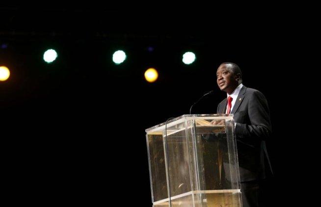 Preşedintele Kenyan, în DOLIU. Nepotul său şi logodnica acestuia SUNT PRINTRE VICTIMELE ATACULUI DIN NAIROBI