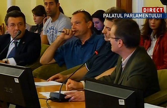 Protestatarii faţă de proiectul Roşia Montană, audiaţi în comisia specială