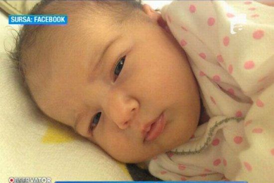 Traian Băsescu: Nepoata mea creşte, are 3,3 kilograme