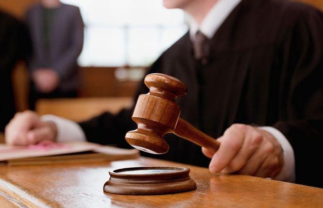Poate cea mai bizară hotărâre judecătorească. Nu are voie să aibă relaţii amoroase timp de 3 ani