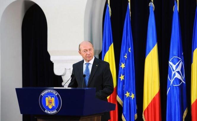 """""""Bucuroşi le-om duce toate, de e pace, de-i război"""". Ce spune Băsescu despre o nouă posibilă suspendare"""