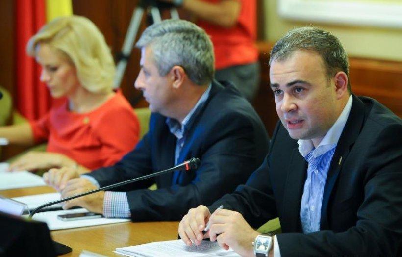 """Vâlcov: Lista primită de la RMGC conţine """"foarte multe"""" nume de jurnalişti, nu politicieni"""