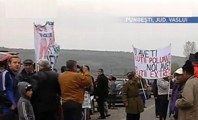 24 noiembrie - referendum pentru gazele de şist, la Pungeşti. Viceprimar: Votul nu va avea niciun efect. Localnici: Retragerea Chevron, o minciună