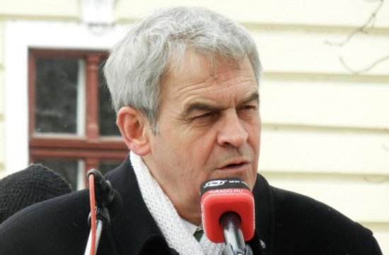 Zi decisivă pentru europarlamentarul Laszlo Tokes. Comisia de onoare a Ordinului Steaua României discută despre retragerea decoraţiei