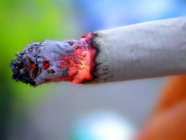 Secretul care stă în spatele DEPENDENŢEI de ţigări a fost găsit. Aviz fumătorilor care vor să renunţe la tutun