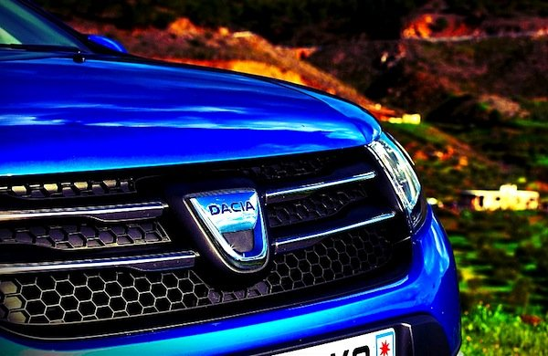 Dacia îngenunchează Europa. În Franţa se bate cu Lexus şi Fiat la numărul de maşini vândute