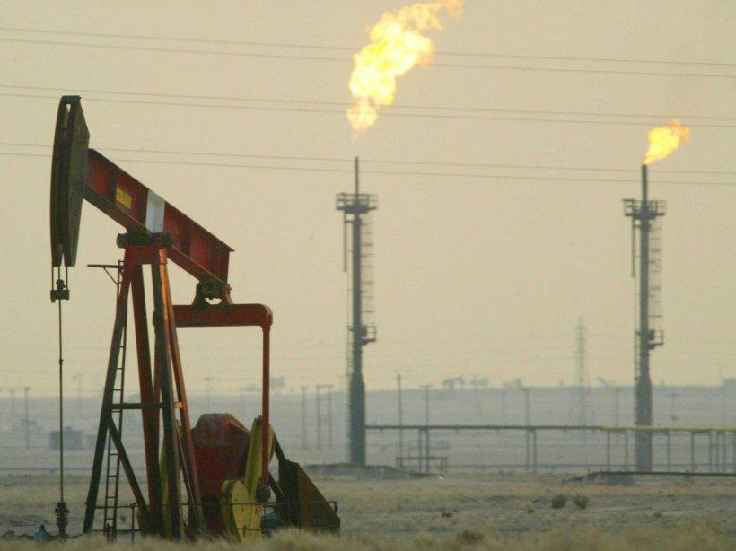 Rusia va primi cea mai grea lovitură din partea SUA. Americanii vor ajunge cel mai mare producător de petrol în 2015