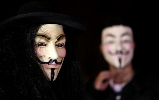 Hackerii Anonymous au acces la reţelele unor agenţii guvernamentale americane