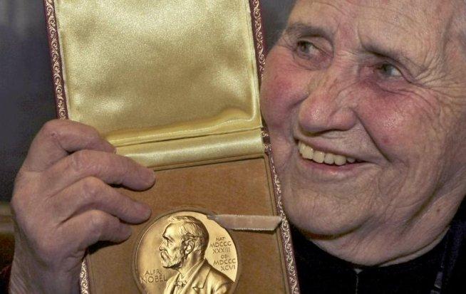 Scriitoarea Doris Lessing a murit